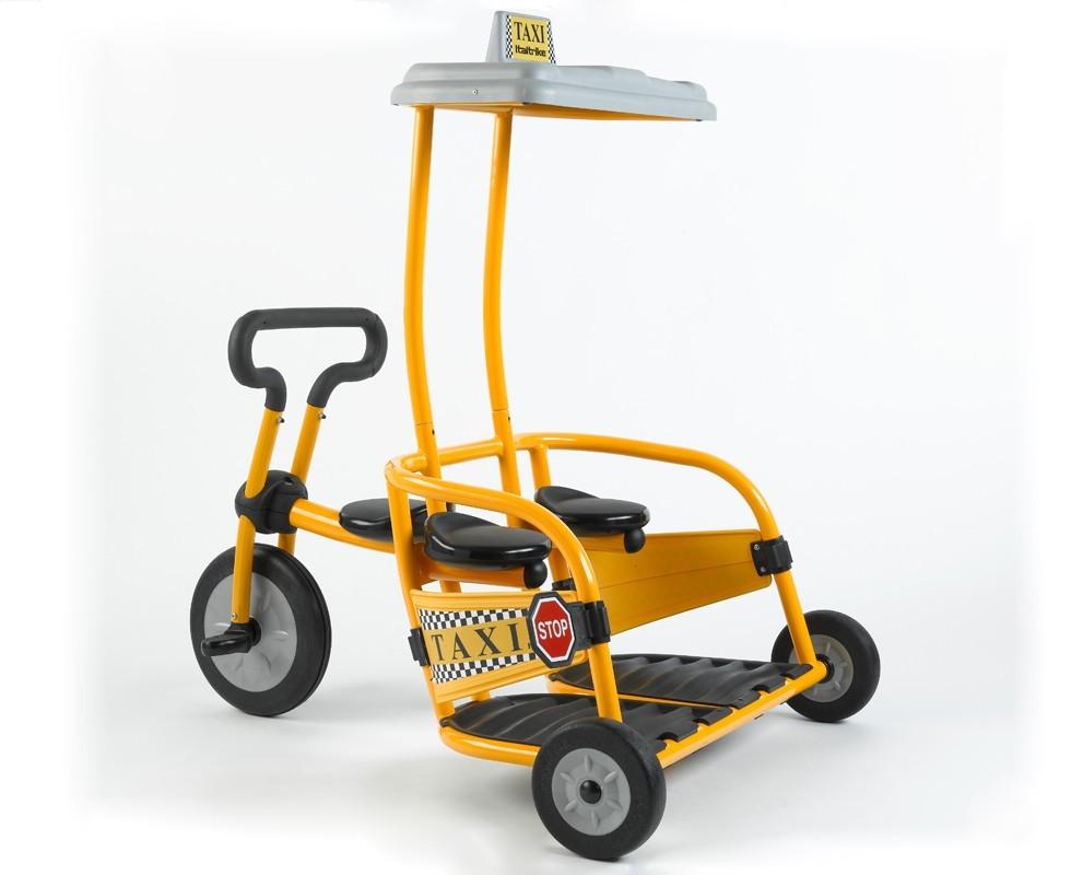 Triciclo para trillizos con techo